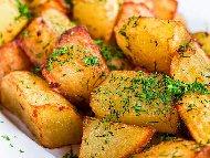 Рецепта Сотирани картофи на фурна с масло, копър и чесън